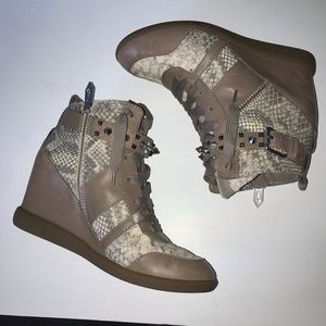 SAM EDELMAN Wedge High Top Studded Sneakers size 8